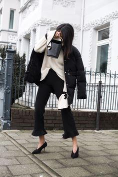 Monochrome look in black and white   Stormwes