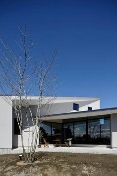Gaudi, Facade, Architecture Design, Villa, Exterior, Mansions, House Styles, Outdoor Decor, Home Decor