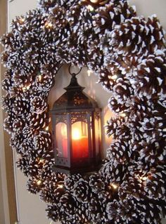 2013 Christmas Pinecone Crafts, 2013 Christmas Pinecone wreath Crafts idea, Christmas Pine cone ornaments DIY