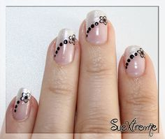 Blog de Nail Art, arte de uñas, pintauñas y Maquillaje Simple Nail Designs, Nail Art Designs, Sunflower Nail Art, French Nail Art, Pink Nail Art, Nail Art Hacks, Beautiful Nail Art, 3d Nails, Stylish Nails