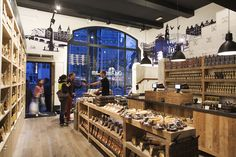 Old Amsterdam Cheese flagship store by studiomfd, Amsterdam