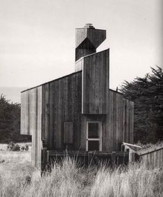 Our Sea Ranch house by William Turnbull back in 1968 / The Green Life Small Buildings, Modern Buildings, William Turnbull, Modern Architecture Design, City Architecture, Sea Ranch, Dome House, Geodesic Dome, Built Environment