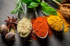 By reading the ingredients on commercial spice mixes, you can make your own seasoning blends. This is a guide about making copycat herb and spice mixes at home. Spicy Recipes, Whole Food Recipes, Middle Eastern Dishes, Homemade Spices, Nutrition, Big Meals, How To Eat Less, Spice Mixes, Spice Blends