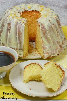 Recipes Alexandra: BABKA with mayonnaise Polish Desserts, Polish Recipes, Polish Food, Arabic Dessert, Take The Cake, Vanilla Cake, Baked Goods, Holiday Recipes, Cake Recipes