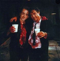 """IlPost - Tim Roth e Harvey Keitel sul set del film di Quentin Tarantino """"Le Iene"""" via imgur"""