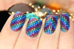 Glitter placement by Polish All the Nails for LTHP
