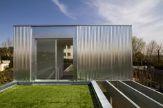 Modular housing system (SAVMS) by CsO Arquitectura (Madrid, Spain). All the materials used in the manufacture are ecological - vegetable Covers.