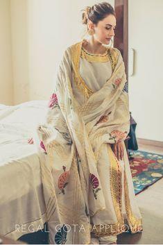 Pakistani Dress Design, Pakistani Outfits, Pakistani Bridal Dresses, Indian Outfits, Nikkah Dress, Pakistani Fashion Casual, Anarkali Dress, Wedding Dresses, Stylish Dress Designs