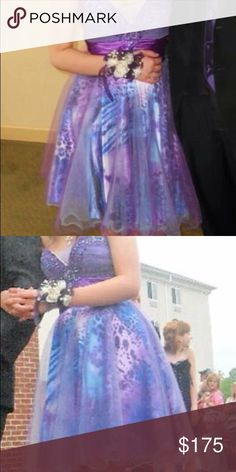 Prom Dress! Size 2 prom dress. Only worn once. In perfect condition. Dresses Prom