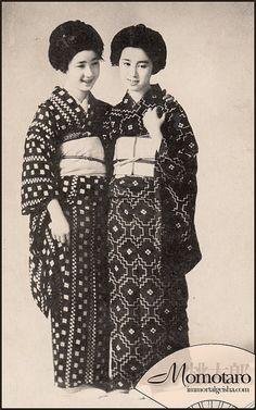 Momotaro - Taisho Era Maiko by Naomi no Kimono Asobi, via Flickr