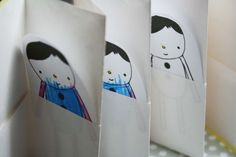 Make a homemade accordion book with pockets!