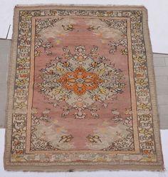 An Anatolia Melas rug 20th century.Good condition.  from Cambi Casa d'Este