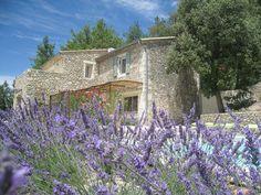 Mas dans la Drôme, France