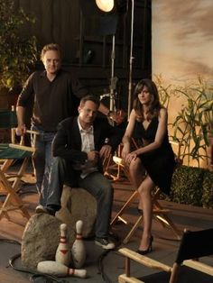 Amanda Peet, Matthew Perry, and Bradley Whitford in Studio 60 on the Sunset Strip Bradley Whitford, Studio 60, Big And Rich, Matthew Perry, Fantastic Show, Sunset Strip, What Next, Me Tv, Real Housewives