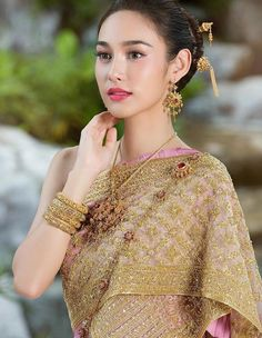 Thai Traditional Makeup - StyleChum
