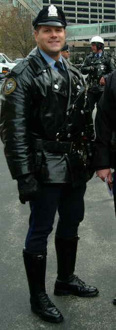 Philadelphia Trooper #LeatherCop. #LeatherUS  #PPD