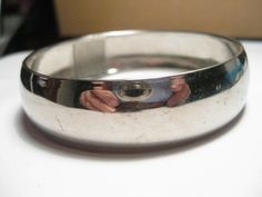 "Vintage Simple Silvertone Bangle bracelet - 1/2"" wide #Unbranded"
