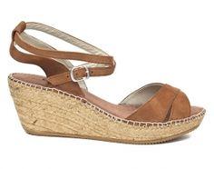 Noras Shoe Shop : Enar espadrille in tan By Toni Pons
