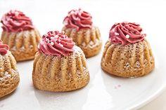 Marroni-Cupcake mit Holunder-Topping