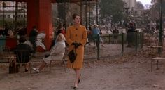 Audrey in jardins Champs Elyses
