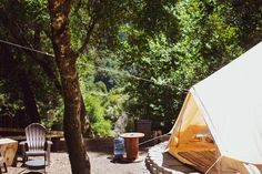 23 Best Glamping in California (2021) 32 Glamping California, California Getaways, California Honeymoon, California Travel, Northern California, Airbnb Usa, Santa Monica Mountains, Yucca Valley, Go Glamping