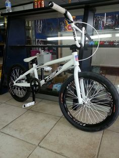 My race bike Levi Jackson, Bmx Pro, Bmx Racing, Cafe Bike, Bmx Bikes, Bike Stuff, Bikers, Snowboard, Bicycles