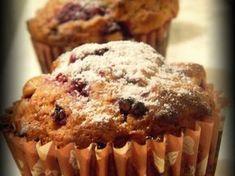 Rețetă Desert : Brioşe cu iaurt şi zmeură de Pinteaandreea Romanian Food, I Foods, Delicious Desserts, Muffins, Food And Drink, Healthy Recipes, Healthy Food, Cupcakes, Sweets