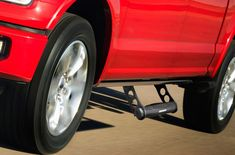 A truck or SUV is one of the most useful automobiles, Installing truck side steps on the sides makes it easier for people to get in or out of the vehicles. Bed Steps, Truck Bed, Cool Trucks, Aluminium Alloy, Antique Cars, Automobile, Abs, Vintage Cars, Car