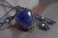 blue dragon vein, brown agate, light gray labratorite, garnet, C-navy, cocoa, medium brown, french lilac #macramenecklace