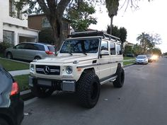 [G Wagon] Zombie apocalypse edition #carspotting #cars #car #carporn #supercar #carspotter #supercars