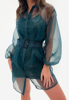 High Street Fashion, Stylish Tops For Women, Fancy Tops, Organza Dress, Indian Designer Outfits, Fashion 2020, Trends, Cute Outfits, Fashion Outfits