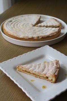 Fenetra, un gâteau toulousain composé d'une pâte sablée, de confiture d'abricots et de citron confit et recouvert d'un biscuit macaron aux amandes.