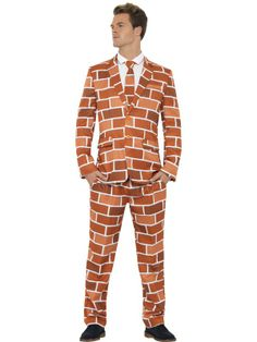 THE WALL SUIT AT PARKYS PRANKS