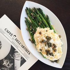 """Fresh salad wit asparagus """"Mimosa"""" Asparagus, Risotto, Cooking Recipes, Salad, Fresh, Twitter, Ethnic Recipes, Food, Artists"""