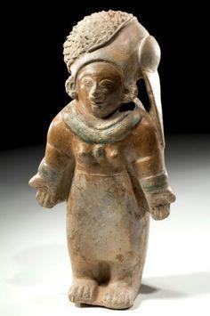 Jamacoaque Skirted Female Figure