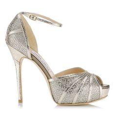 El dorado y el plateado van de la mano en los zapatos de Jimmy Choo
