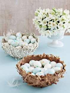 Cute way to display decorated Easter Eggs!