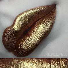 NYX Professional Makeup Loose Pearl Eye Shadow - Ultra-shimmering, high-impact, long-lasting and a little addictive. Glitter Makeup, Lip Makeup, Beauty Makeup, Drugstore Beauty, Glitter Dress, Glitter Nails, Gold Glitter, Lipstick Art, Lip Art