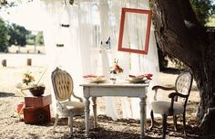 this company does vintage item rentals for weddings/photoshoots in  California.  how freaking cool!  I want to start a business like this in TX!