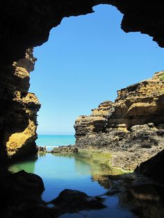 The Grotto. Great Ocean Road, Australia.  One of the most beautiful places I've ever seen!!