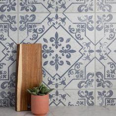 Family Room Fireplace, Brick Fireplace, Spanish Tile, Spanish Kitchen, French Kitchen, Kitchen Flooring, Kitchen Backsplash, Ceramic Flooring, Fireplace Surrounds