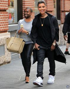 """Celebrity Sneaker Watch: Kanye West Rocking Jordans Alongside Kim Kardashian in NYC Setting aside his own signature kicks for a weekend with Kim Kardashian in New York City, Kanye West could be seen rocking the classic """"White/Cement"""" Air J Kim Kardashian Kanye West, Kim And Kanye, Kardashian Jenner, Face Swaps, Celebrity Faces, Celebrity Style, Celebrity Sneakers, Bizarre Photos, Funny Photos"""