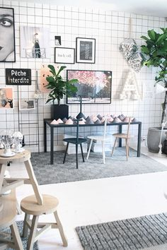 Lotta Agaton Shop, Stockholm @designlovefest. Home design store with tons of black and white, great curation and beautiful styling.