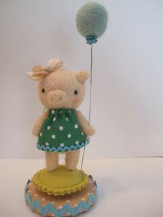 Needle Felted Piggy | Jenn Docherty