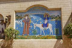 Tradycja głosi, że Jezus Chrystus był w Egipcie, szukając schronienia przed siepaczami Heroda. Wzmiankują o tym Ewangelia Mateusza oraz liczne apokryfy.