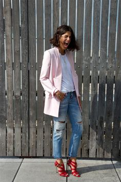 Love the oversized ripped denim and oversized blazer with feminine heels to balance the look - AMB