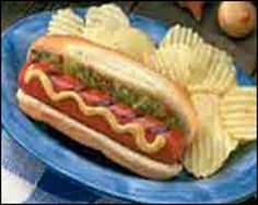 classic hot dog and chips, Drew's favorite! Hot Dog Buns, Hot Dogs, Supper Ideas, Youth Ministry, Suppers, Salads, Chips, Appetizers, Snacks