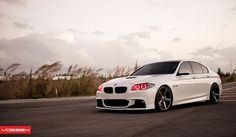 Vossen recently revealed a new gallery of photos for a recent BMW 5-Series project. We think you'll agree that it's a thing of beauty.
