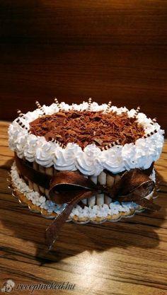 vele, de nekem sokszor gondot Tiramisu, Cake Recipes, Ethnic Recipes, Birthday Cakes, Foods, Drink, Bolo De Chocolate, Postres, Dump Cake Recipes
