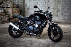 28 Incredible Ideas For Kawasaki Cafe Racer, Suzuki Cafe Racer, Cafe Racers, Cafe Racer Build, Scrambler Custom, Scrambler Motorcycle, Er 5, Brand Archetypes, Car Insurance